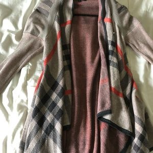 Tops - Long sleeved cardigan